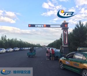 交通信号灯价格浅谈监控杆的标准