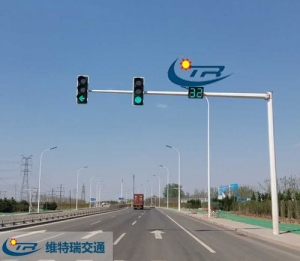 LED交通信号灯和传统光源交通灯的区别