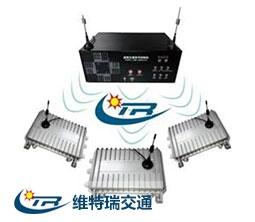 五型多相位太阳能无线交通信号控制器